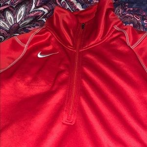 Nike thermal fit half zip hoodie